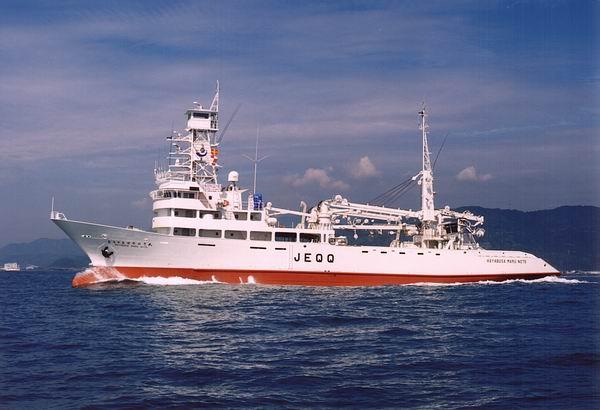 鋼製海外旋網漁船
