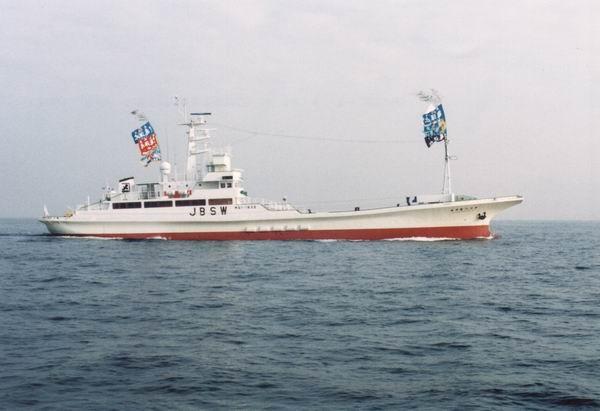 鋼製鰹一本釣漁船